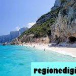 12 Pantai Terbaik Di Italia 2021